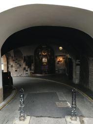 Kamenita vrata Schrein