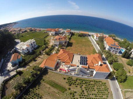 Birds-eye-view-villa-agios-konstantinos