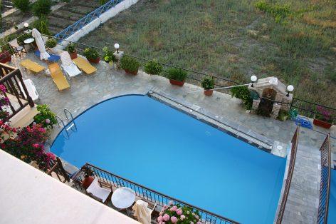 villa-agios-konstantinos-pool-1