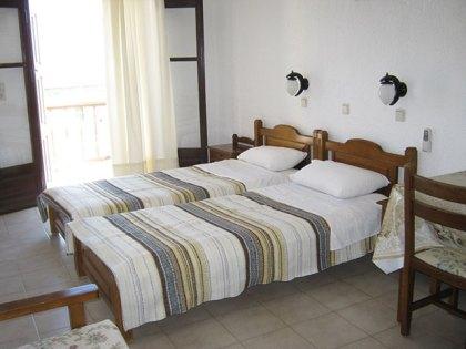villa-agios-konstantinos-room3