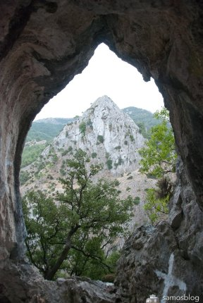 The iconic view from the cave
