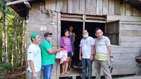 DPC PKB Berbagi 5.000 Paket Sembako Untuk Warga Tidak Mampu dan Wartawan