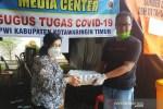 Begini cara Ketua DPRD Kotim semangati tim medis dan jurnalis