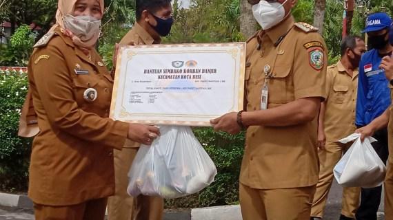 Pemkab Kotim Salurkan Bantuan untuk 4.345 KK Warga Terdampak Banjir