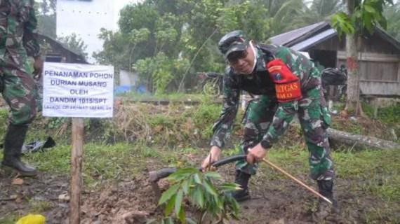 Dandim 1015 Sampit Berupaya Tingkatkan Perekonomian Masyarakat di Lokasi TMMD