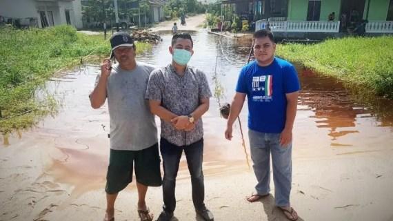 Warga Sampit mengadu ke legislator keluhkan jembatan tidak layak
