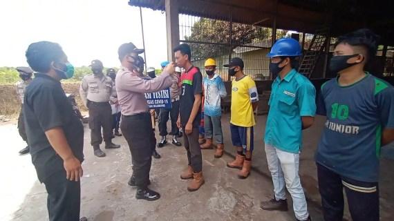 Polsek Baambang Sambangi Perusahaan Mengantisipasi Aksi Mogok Kerja dan Unjuk Rasa