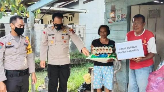 Anggota Polsek Baamang Gelar Kegiatan Jum'at Berkah