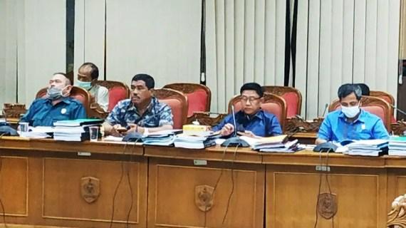 Legislator ini mengaku sedih melihat kondisi masyarakat pelosok Kotim