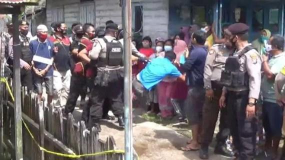 Nyaris Ricuh, Rakonstruksi Kasus Pembunuhan Nenek Cahaya di Baamang