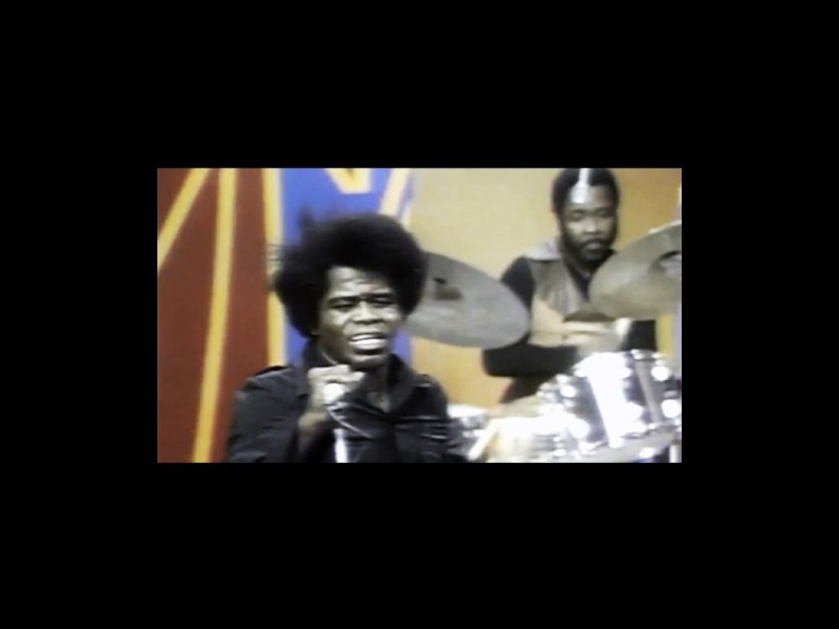 James Brown - Get Involved & Soul Power (Live in 1972)