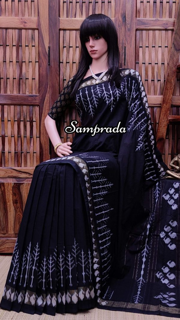 Praachika - Ikkat Cotton Saree