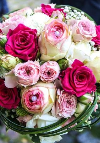 brautstrauss-rosen-rosa