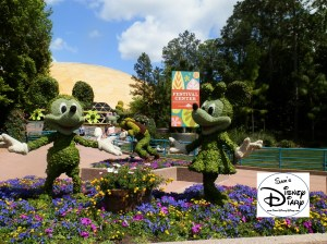 Mickey and minnie Topiaries near the Flower and Garden Festival Center - 2012
