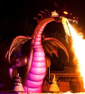 The Disneyland Fantasmic Dragon (Take that WDW!)