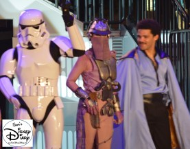 Lando Calrissian make an appearance at 2013 Hyper Space Hoopla, Billie Dee Williams was one of the celebrity guests.
