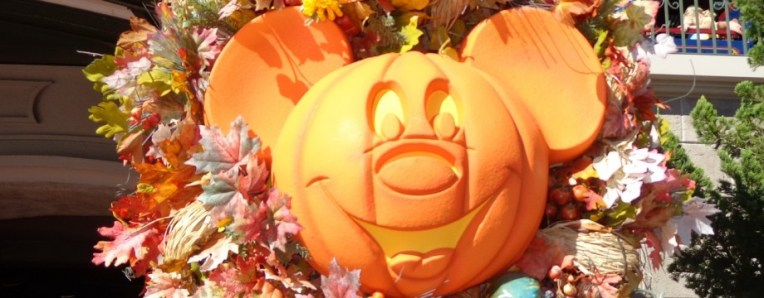 cropped-sams-disney-diary-32-mickeys-not-so-scary-3.jpg