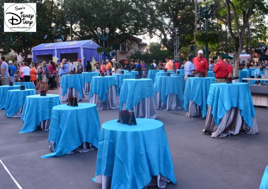 """Star Wars Weekend """"Fell The Force"""" Premium Package - The Reserved Dessert Party and Parade Viewing location in the Hub (In front of the Sorcerers Hat in 2014)"""