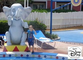 SamsDisneyDiary 54 Boardwalk Luna Park Pool (35)