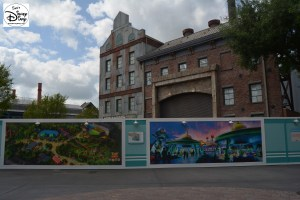 Construction Walls at the end of Pixar Place - Toy Storyland Concept Art