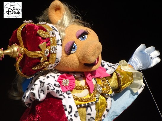 SamsDisneyDiary Episode #75 - The Muppets present Great Moments in American History. Miss Piggy