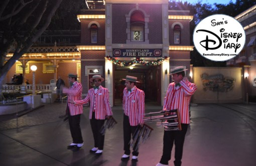 SamsDisneyDiary Episode #76: Sams 12 Days of Christmas Day #1: Disneyland Dapper Dans Holiday