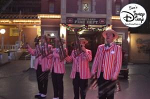 SamsDisneyDiary Episode #76: Sams 12 Days of Christmas Day #1: Disneyland Dapper Dans Holiday
