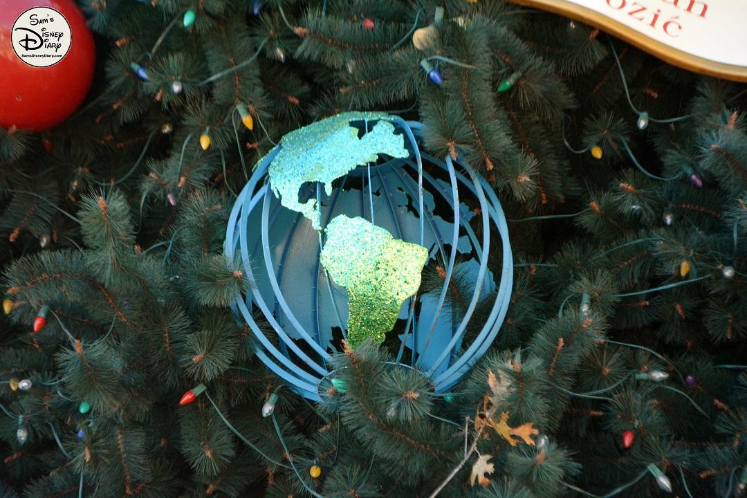 samsdisneydiary 86 epcot holidays around the world musical tour - Holidays Around Christmas
