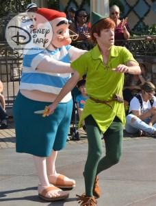 Peter Pan's Neverland Buccaneer Blast - Captain Hook is on the lookout for Peter