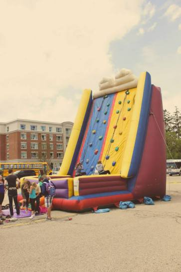 SEE! Bouncy things (okay, I know, I know, it's not a castle) *not mine*