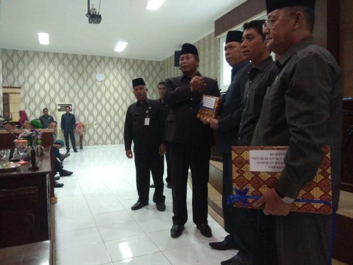 Rapat Paripurna DPRD Kabupaten Kepulauan Anambas Penyampaian Ranperda BPBD Dan LKPJ Tahun 2018, SamuderaKepri