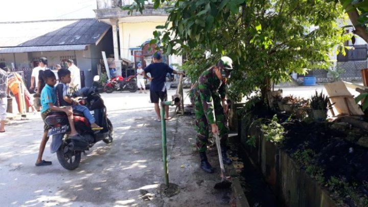Babinsa Bangkong Sadai Melaksanakan Kegiatan Gotong Royong Bersama Masyarakat, SamuderaKepri
