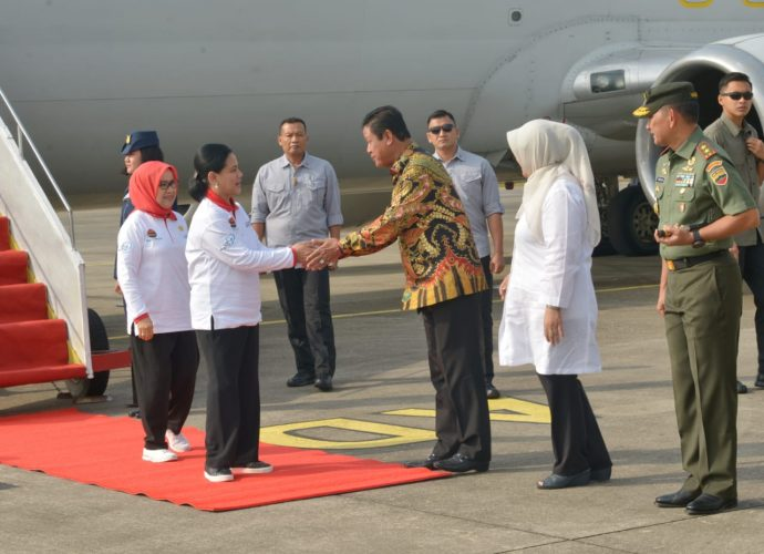 Isdianto Sambut Ibu Negara dan Ibu Wapres, SamuderaKepri