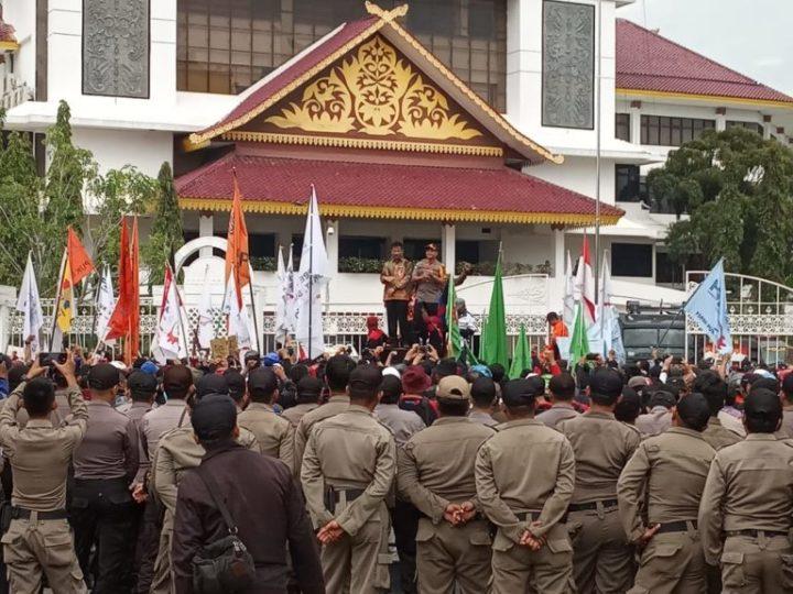 , Ribuan Buruh Demo Tolak Kenaikan Iuran BPJS dan Revisi UU Ketenagakerjaan di Batam, SamuderaKepri