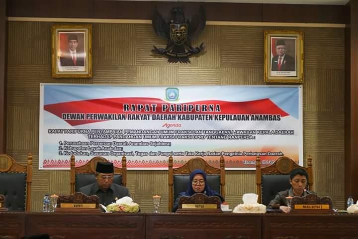 5 Fraksi DPRD Anambas Sampaikan Pandangan Umum Terhadap 3 Ranperda