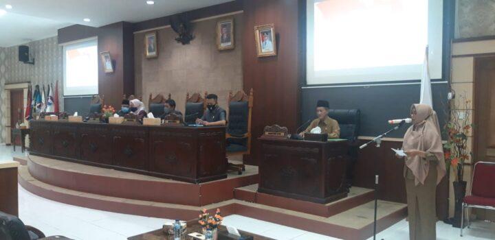 Rapat Paripurna Penyampaian Pandangan Umum Fraksi Fraksi DPRD Anambas Penyampaian Pandangan Umum Fraksi Fraksi DPRD Anambas