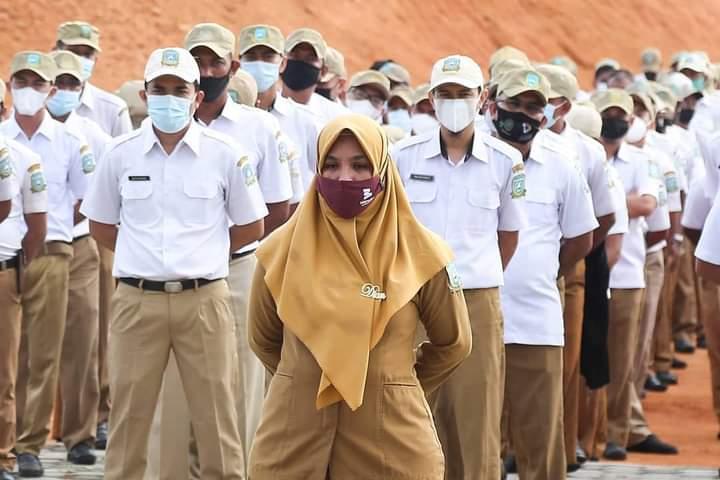 Wakil Bupati Anambas Promosikan Hasil Panen Lokal Saat Pimpin Apel Gabungan ASN dan PTT, SamuderaKepri