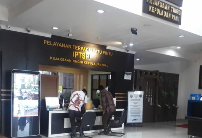 Huzrin Hood Dipanggil Kejati Kepri Terkait Dugaan Korupsi PT Pelabuhan Kepri, SamuderaKepri