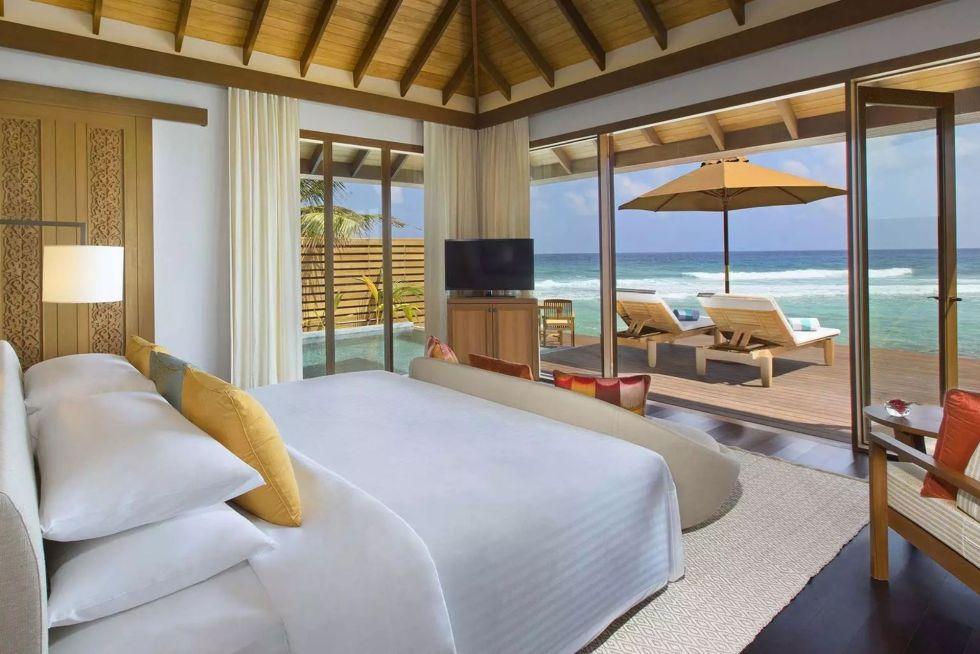 Anantara Veli Maldives Resort Over Water Bungalow