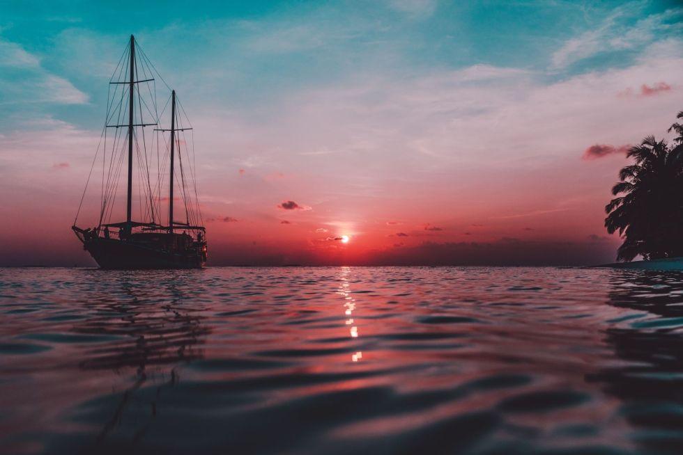 Maldives Dhoni Cruises & Tours