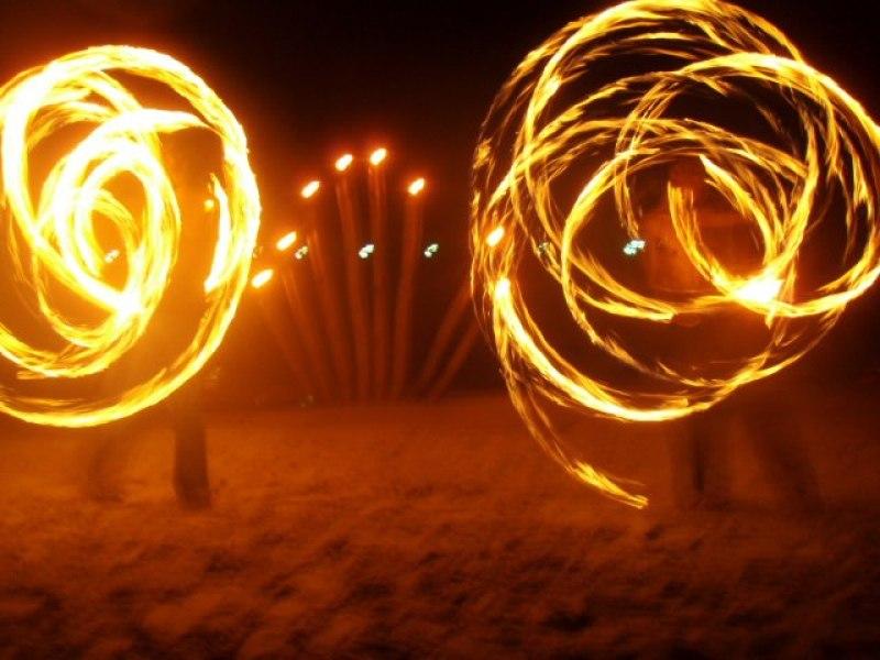 thai fire show