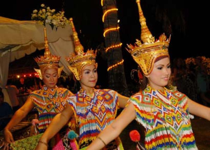 thaidancingIII