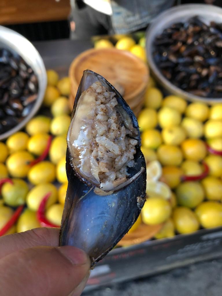 Midye dolma stuffed mussel
