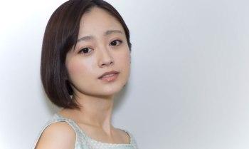 YumiAdachi01