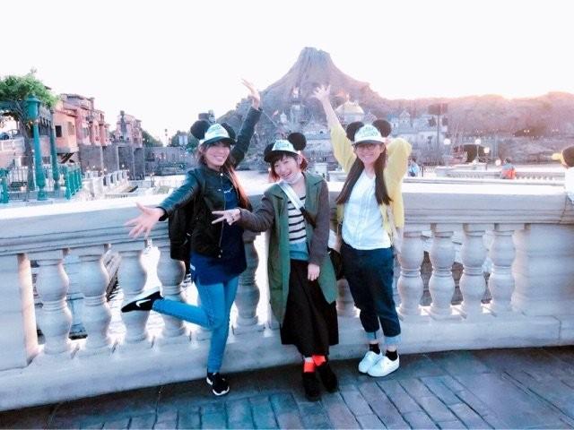 【Voice Actor】 Aino Namijo (34), Ms. Yoko Hikasa (33), Aiko Chino (31), three people go out to Disney