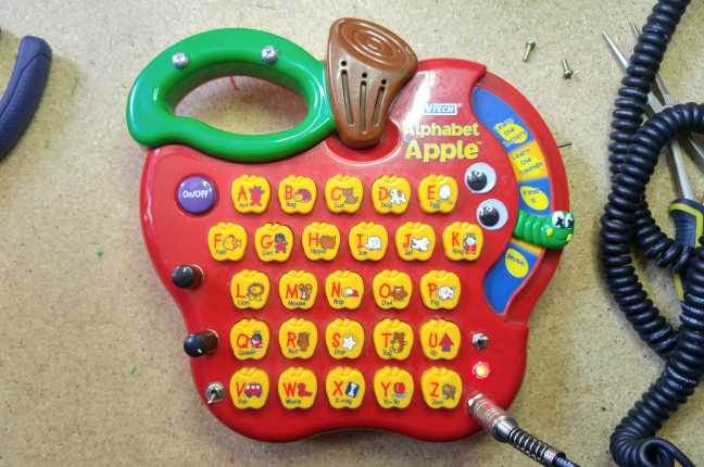 circuit bending vtech apple