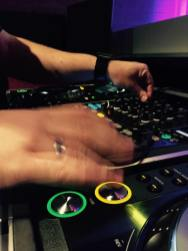 DJ Maikel i arbeid