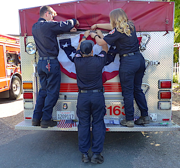 Decorating Engine 163 for the parade.