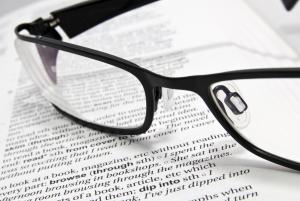 glasses_book_publicdomain