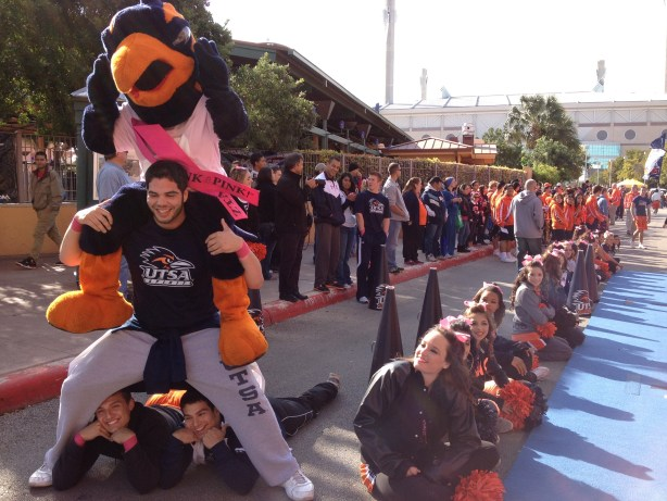 Rowdy and friends warm up the pregame party.